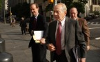 Former AIG CEO Hank Greenberg in front of the U.S. District Court in Manhattan, New York.